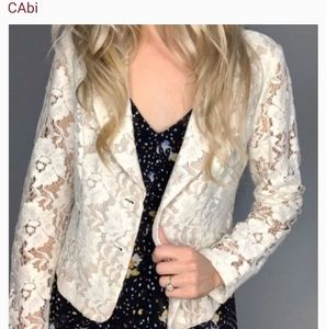 CABI LACE BUTTON JACKET 🎀